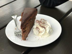 Mama(aus)zeit, Original Wiener Sacher Torte